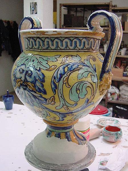 cer mica taller de cer mica azulejos retablos murales On ceramica artesanal sevilla